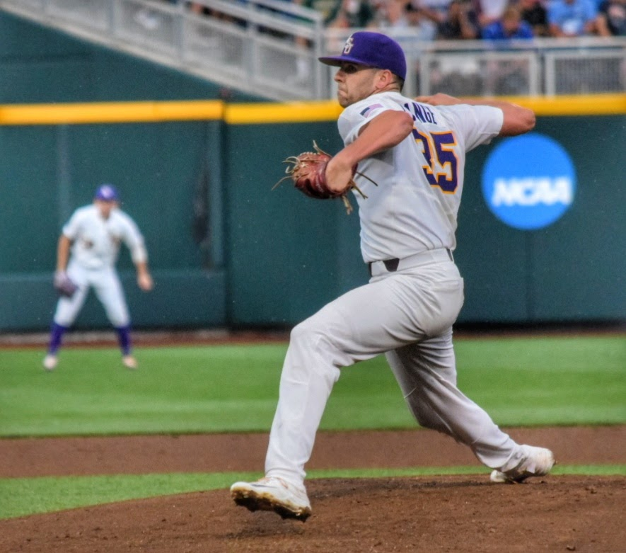LSU, Florida roll into College World Series title series
